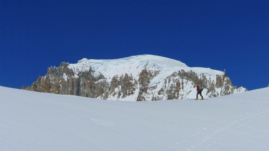Skitouring at Cerro San Lorenzo Patagonia