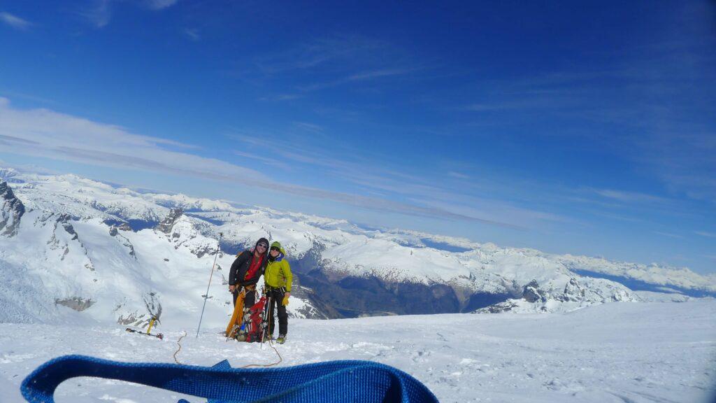 happy skiers in Argentina skitouring cerro San Lorenzo