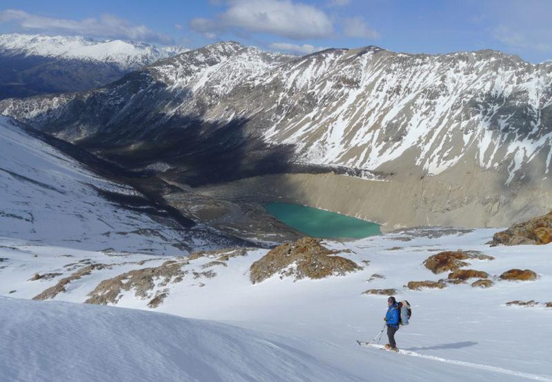 Skifahren am Cerro San Lorenzo im südlichen Patagonien