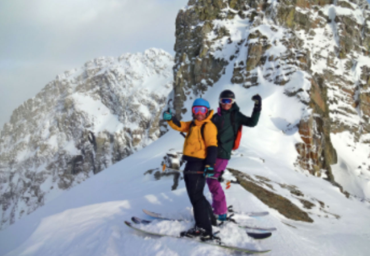 Yoga ski retreat in Chamonix with Patagoniatiptop
