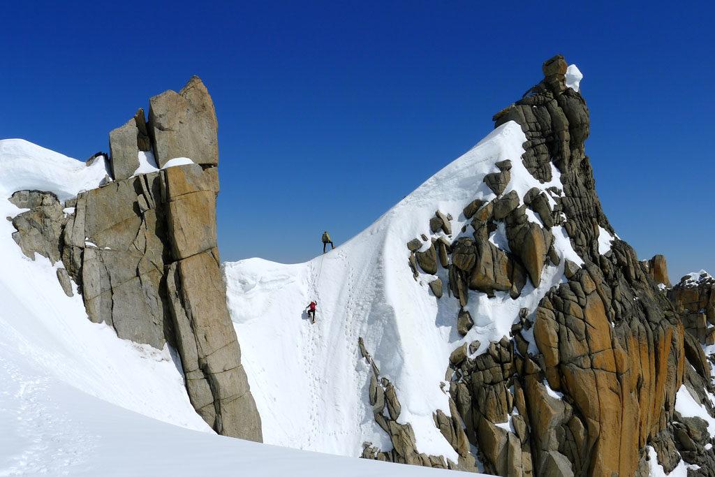 Patagoniatiptop climbing