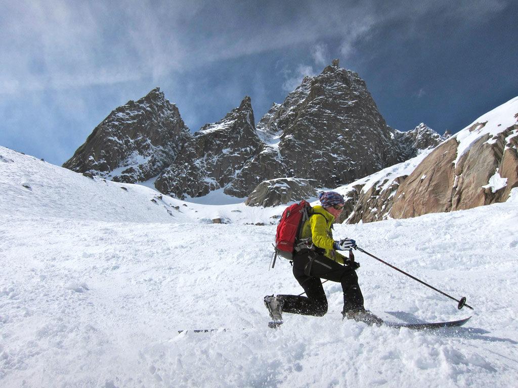 Patagoniatiptop telemark skiing