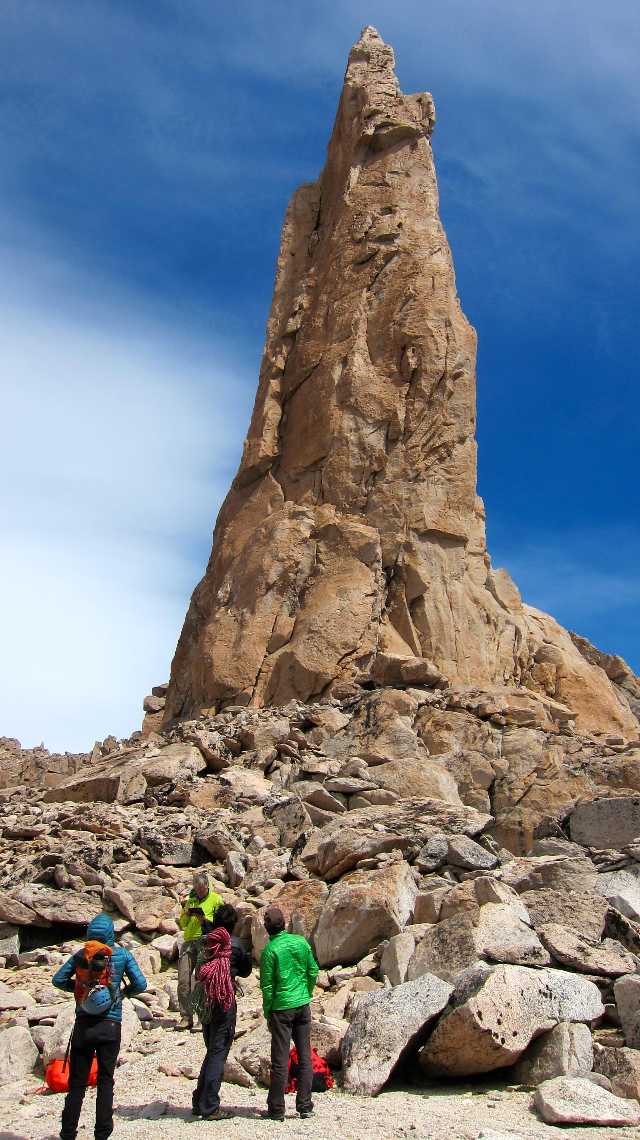 rock climbing refugio frey