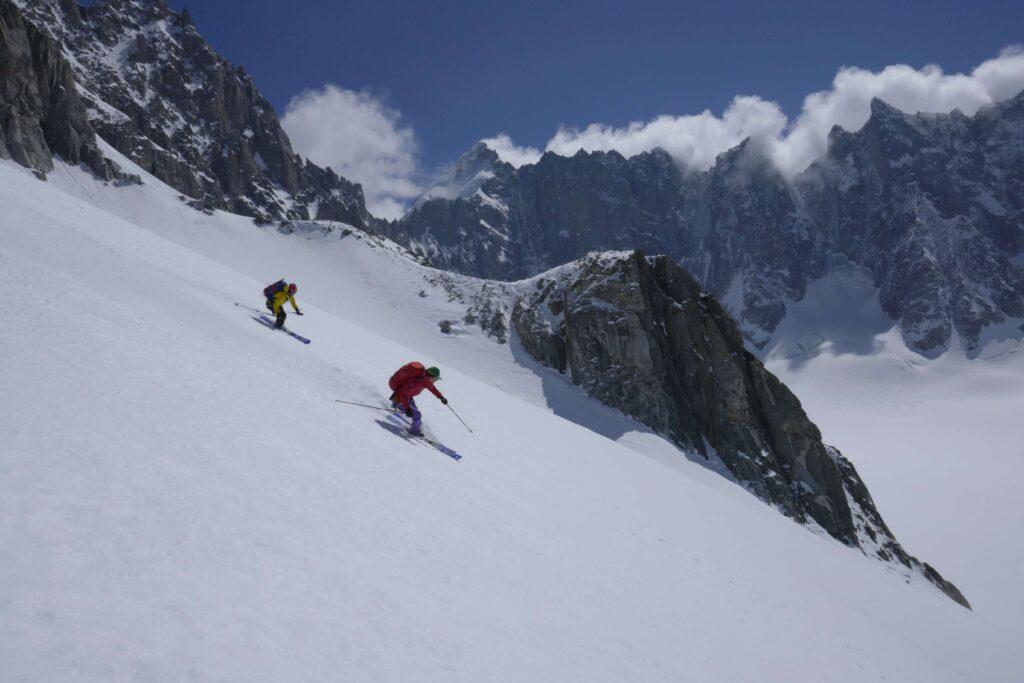 Skifahrer an der Monte-Rosa-Skitourenschleife
