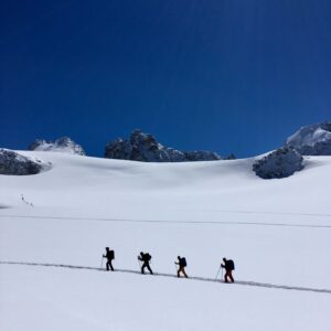 ski-touring-intro-course-chamonix