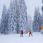 Grande-jura-cross-country-skiing-traverse-skiers